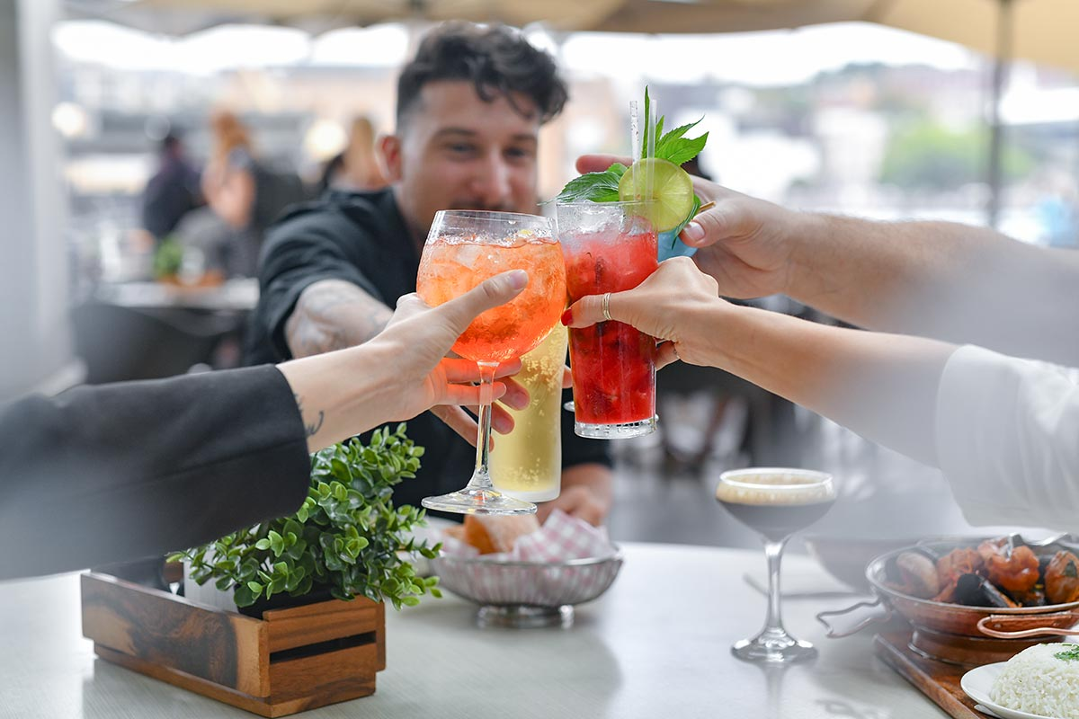 Eastbank Cafe Restaurant – daytime cocktails on Circular Quay promenade